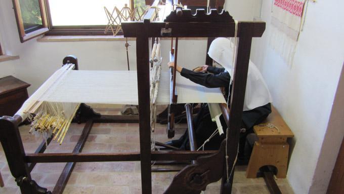 Monaca tessitura