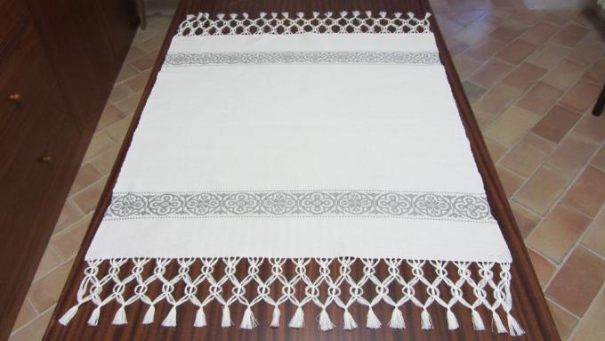 centro tavola fatto da suore monache